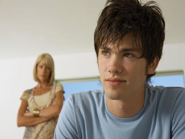 Porque los adolescentes son rebeldes con sus padres