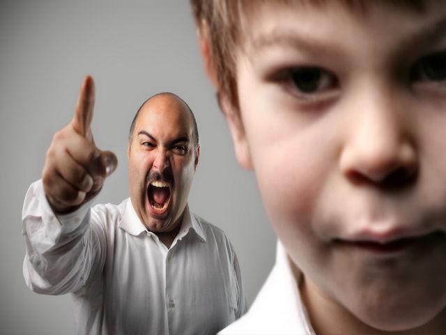 abuso verbal de padres a hijos
