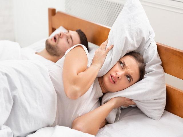 porque algunas personas roncan cuando duermen