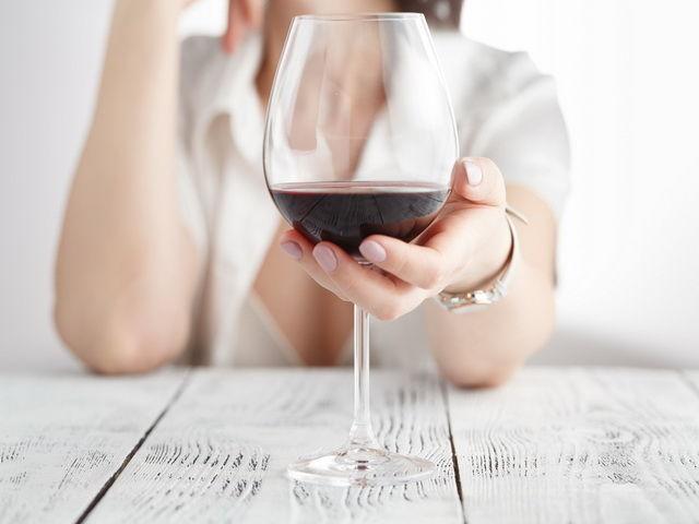 porque las personas consumen alcohol
