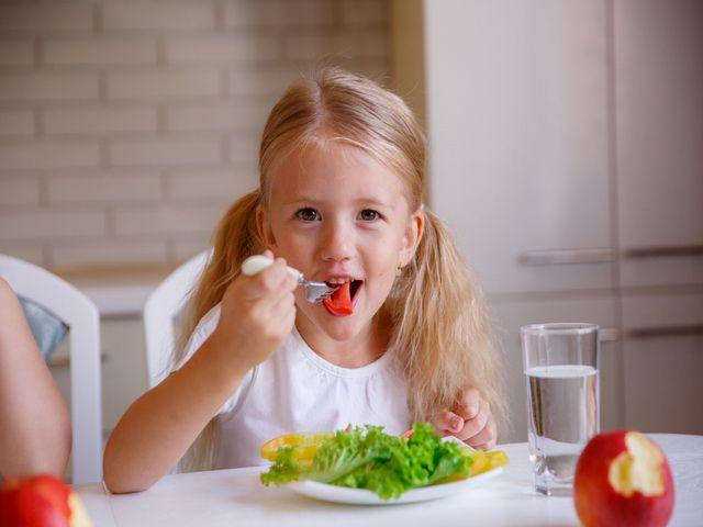 porque los niños deben comer bien